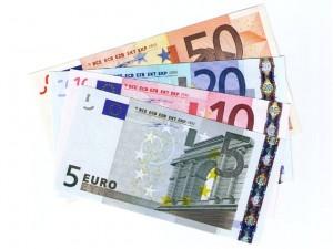 Festpreis 40 Euro vom Alleinunterhalter in Köln