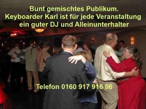 Alleinunterhalter Hochzeit Musiker für jedes Publikum mit DJ und Partyspiele in Köln