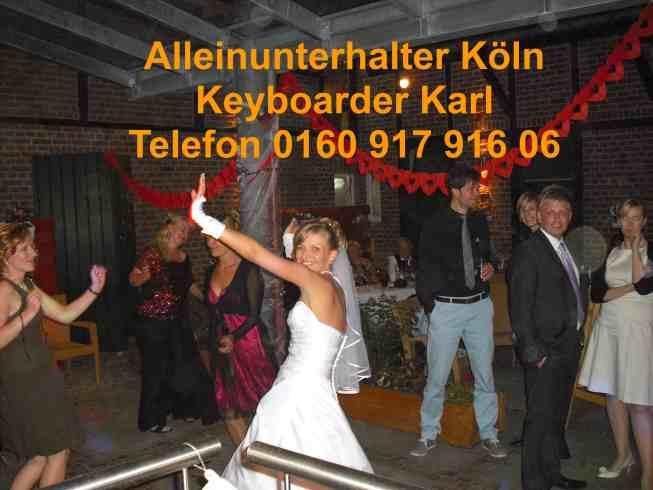 Alleinunterhalter Köln mit Party Dj köln Keyboarder Karl