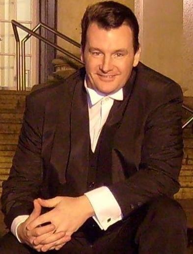 Hochzeits DJ Köln - Alleinunterhalter Köln - Entertainer Köln - Keyboarder Karl